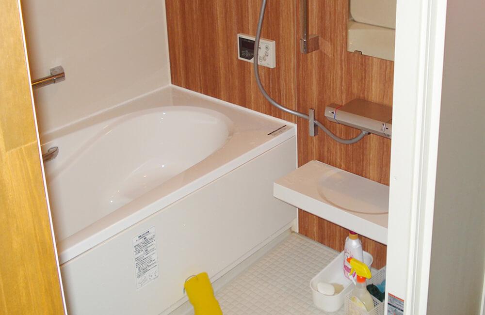 リフォーム工事後の浴室