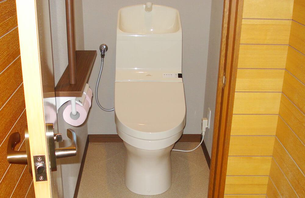 リフォーム工事後のトイレ
