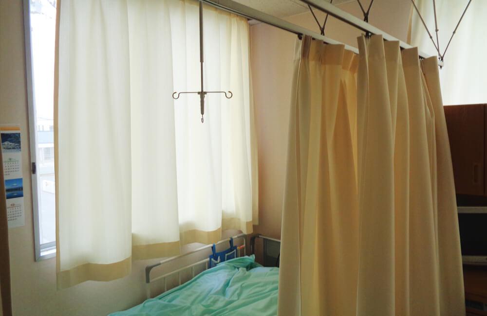 交換後のカーテン